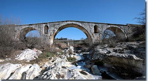 Julianische Brücke