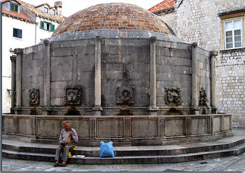 Onofrio-Brunnen in Dubrovnik
