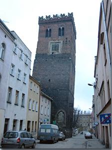 Schiefer Turm von Frankenstein
